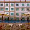 rocky plza hotel 5