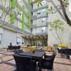 whiz hotel 5