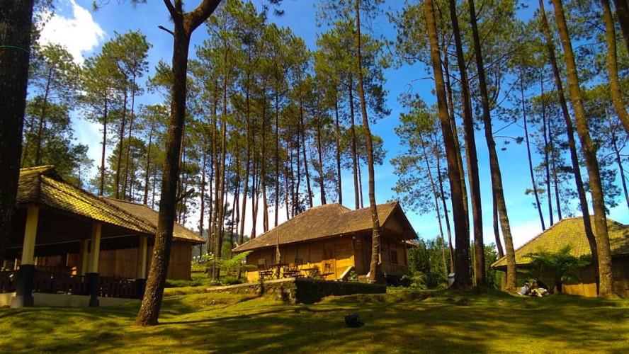 Vanaprastha-Gedong-Songo-Park 1