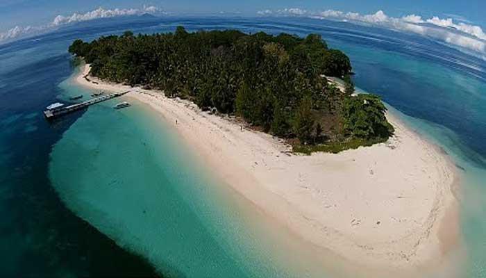 pulau morotai 1